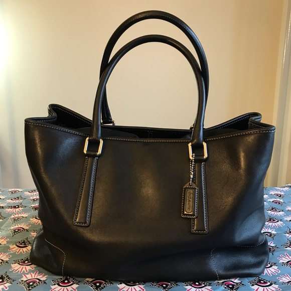 Coach Handbags - Coach Black Leather Vintage Hand Held Tote Bag